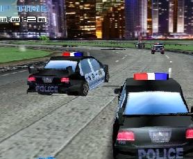 polis arabasıyla yarış